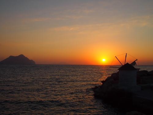 Coucher de soleil à Amorgos dans les Cyclades