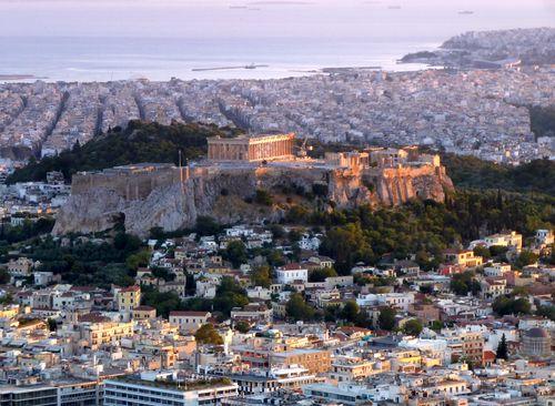 Vue sur l'Acropole à Athènes