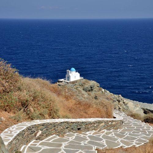 Eglise d'Eftamartiros à Sifnos