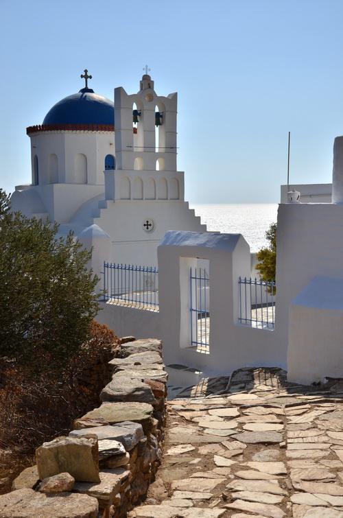 eglise de Dialiskari sur les chemin de randonnée à Sifnos