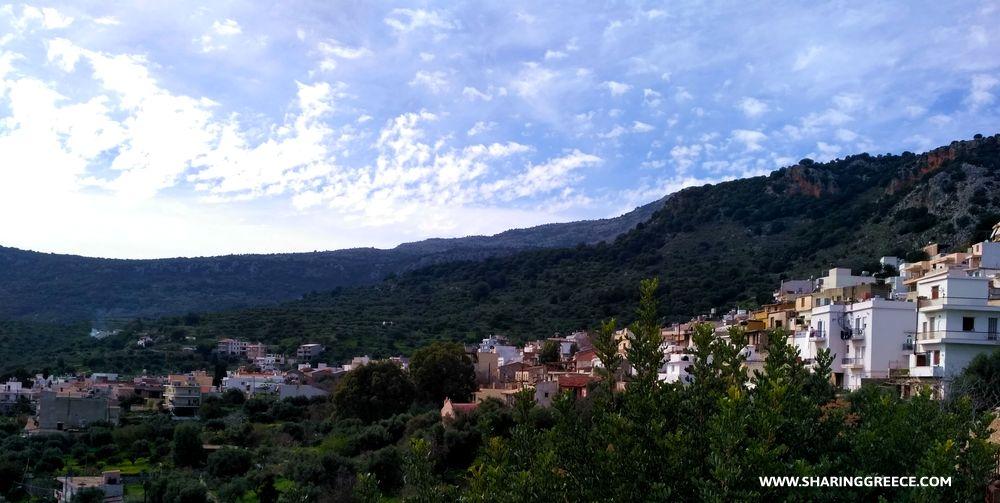 voyage en Crète de l'Est : village de Kritsa sur notre chemin de randonnée