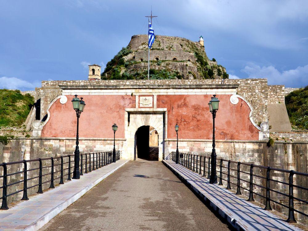 Voyage à pied en Grèce, visite de Corfou, vieille forteresse