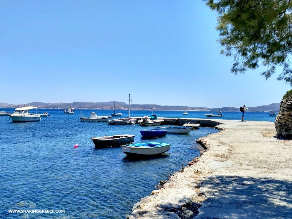Randonnée en Grèce, Cyclades, Milos, village d'Adamas