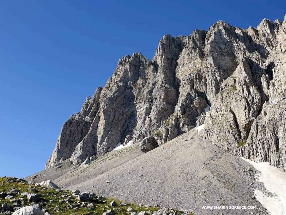 Randonnée sur le plateau du Mont Timfi en Épire en Grèce Continentale