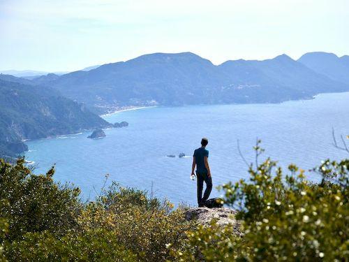 Séjours de randonnée en Grèce avec une agence locale
